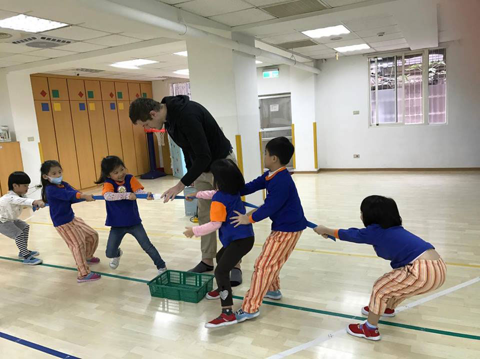 Teaching Tug of War in Taiwan